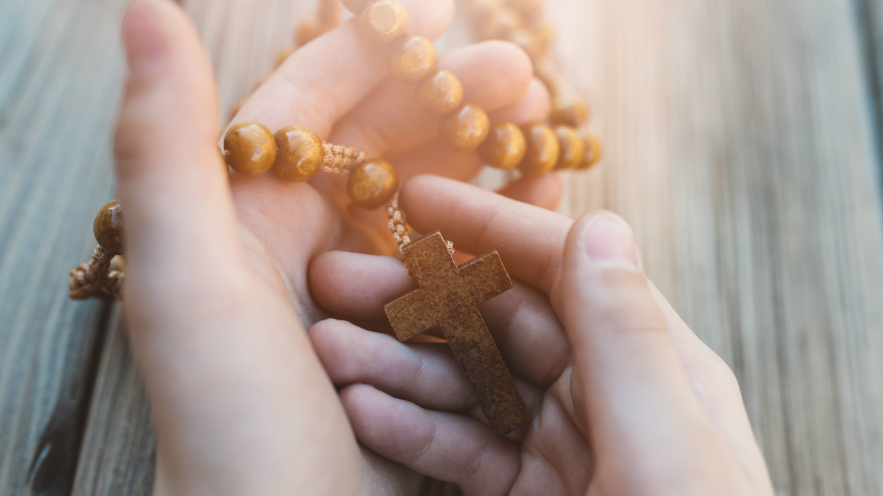 How to pray the peace chaplet
